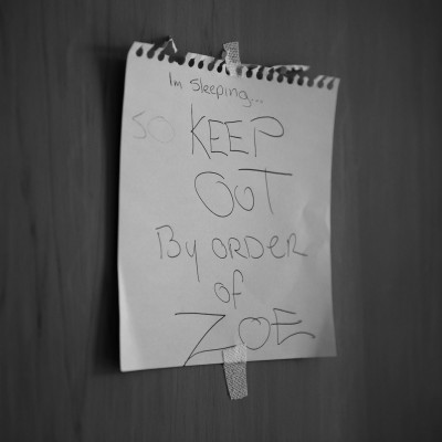 Keep out note